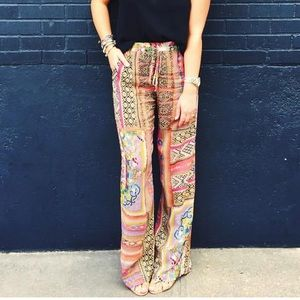 Johnny Was silk printed pants. Size small.